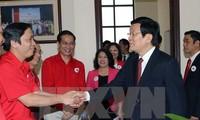 Presiden Truong Tan Sang melakukan temu kerja dengan Pengurus Besar Lembaga Palang Merah Vietnam