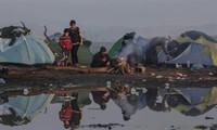 Masalah migran: Lebih dari 2.000 orang dikeluarkan dari kamp-kamp di koridor Idomeni (Yunani)