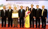 Kota Ho chi Minh mengembangkan sumber daya dari kaum diaspora Vietnam yang berkiblat ke kampung halaman dan Tanah Air
