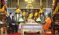 Presiden Tran Dai Quang melakukan pertemuan dengan para pemuka agama Kamboja