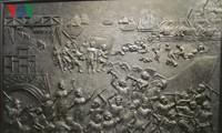 """Pameran seni rupa """"Mendatangi kepada para buruh tambang"""" dari berbagai generasi pelukis Vietnam"""