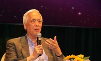 Profesor Thuan, pakar astrofisika terkemuka yang menularkan keganderungan-nya kepada pemuda