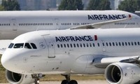 Ratusan missi penerbangan dibatalkan karena mogok kerja di Perancis
