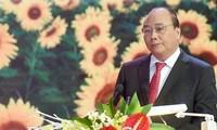 """Mencanangkan gerakan kompetisi """"Badan usaha Vietnam berintegrasi dan berkembang"""""""