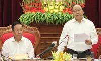 PM Nguyen Xuan Phuc melakukan temu kerja dengan pimpinan provinsi Hoa Binh