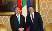 Presiden Tran Dai Quang melakukan kunjungan kerja di kota Milan dan kawasan Lombardia, Italia Utara