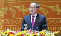 Mengembangkan peranan Front Tanah Air Vietnam dalam semua gerakan kompetisi