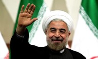 Menyambut baik terpilih kembali  Hassan Rouhani  menjadi Presiden Republik Islam Iran