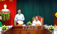 Kepala Departemen Komunikasi dan Pendidikan KS PKV, Vo Van Thuong melakukan temu kerja di provinsi Tuyen Quan
