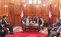 Kementerian Keamanan Publik Vietnam dan Kementerian Dalam Negeri Kamboja bertekad membangun garis perbatasan yang damai dan menjamin keamanan dan ketertiban