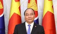 Vietnam menegaskan pesan kuat yaitu bersama-sama membanngun satu Komunitas ASEAN yang bersatu dan mandiri