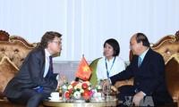 PM Nguyen Xuan Phuc melakukan pertemuan dengan para Duta Besar dan wakil korps diplomatik