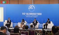 Apa pemikiran kaum muda global tentang demokrasi