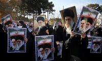 Iran: Melakukan pawai moderat untuk mendukung pemerintah