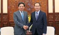 Presiden Tran Dai Quang menerima Duta Besar Tiongkok sehubungan dengan akhir masa baktinya