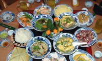 Tanggal 30 Hari Raya Tet di keluarga-keluarga orang Vietnam
