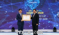 Deputi PM Pham Binh Minh menghadiri acara peringatan ulang tahun ke-10 berdirinya Perusahaan Tanggung-Jawab Terbatas Samsung Electronics Vietnam