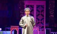 """Bapak Ba Doi""""-Lakon seni opera tradisional Cai Luong menghimpun seniman-seniwati dari tiga bagian negeri"""