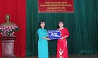 Provinsi Kon Tum: Memulai program berjalan seperjalanan dengan kaum wanita  perbatasan