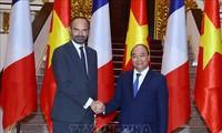 Media Perancis meliput secara mendalam tentang kunjungan PM Edouard Philippe di Viet Nam