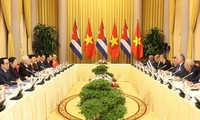 Presiden Miguel Mario Diaz Canel Bermudez: Hubungan Kuba-Viet Nam selalu merupakan hubungan istimewa