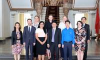 Pimpinan Kota Ho Chi Minh menerima delegasi Dewan Temu Pergaulan Politik Australia
