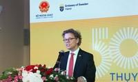 Memperingati ulang tahun ke-50 penggalangan hubungan diplomatik Viet Nam-Swedia