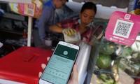 Mendorong pembayaran tanpa penggunaan uang tunai: Memerlukan jasa-jasa keuangan yang menyeluruh dan aman