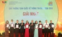 Penghargaan nasional tentang informasi luar negeri tahun 2018 terus memuliakan para penulis dan karya pers dan buku yang terkemuka di bidang informasi luar negeri