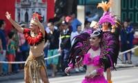 """Karnaval jalanan Ha Noi yang bergelora untuk memperingati """"20 tahun kota demi perdamaian"""""""