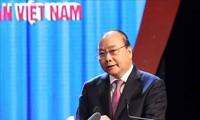 PM Nguyen Xuan Phuc: Terus membarui kuat isi dan cara aktivitas serikat buruh