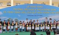 Kertua MN Nguyen Thi Kim Ngan melakukan kunjungan kerja di Kabupaten Hoanh Bo, Provinsi Quang Ninh