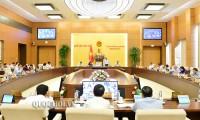 Komite Tetap MN membahas beberapa RUU