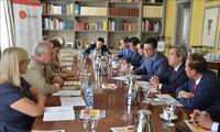 Kepala Departemen Ekonomi KS PKV melakukan kunjungan kerja di Spanyol
