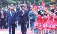 Pers Laos meliput secara mendalam kunjungan resmi PM Laos, Thongloun Sisoulith di Viet Nam
