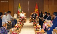 PM Nguyen Xuan Phuc menerima Ketua Asosiasi Persahabatan Myanmar-Viiet Nam