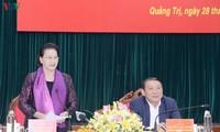 Ketua MN Nguyen Thi Kim Ngan melakukan temu kerja dengan pimpinan Provinsi Quang Tri