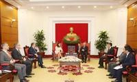 Delegasi tingkat tinggi Partai Perserkutuan Buruh Hungaria mengunjungi Viet Nam