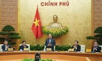 PM Nguyen Xuan Phuc memimpin konferensi untuk mengusahakan solusi terhadap industri pengolahan hasil pertanian