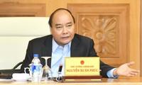 PM Nguyen Xuan Phuc memimpin sidang Pemerintah tentang wabah Covid-19