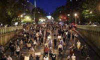 Demonstrasi menentang rasisme melanda luas ke dunia
