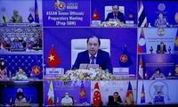 Para pejabat senior ASEAN melakukan sidang persiapan bagi KTT ke-37 ASEAN