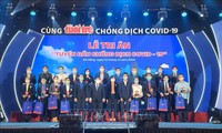 "Kota Da Nang Mengadakan Acara ""Berterima kasih bagi Garis Terdepan dalam Melawan Wabah Covid-19"""