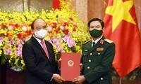 Presiden Negara Sampaikan Keputusan Pengangkatan Kepala Staf Umum Tentara Rakyat Viet Nam