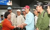 100 Vietnamese workers arrive home from Libya