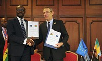EU signs development programmes with 21 countries