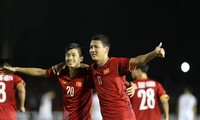 AFF Suzuki Cup 2018: ຊະນະ ຟີລິບປິນ 2 ປະຕູຕໍ່ 1, ຫວຽດນາມ ມີສິດເຂົ້າສູ່ຮອບຊິງຊະນະເລີດ