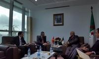 Vietnam y Argelia aprueban fomentar la cooperación comercial