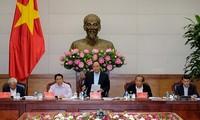 Gobierno vietnamita instruye el plan de unidades administrativo-económicas especiales