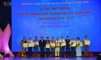 Vietnam galardona 28 obras de teoría y crítica literaria y artística